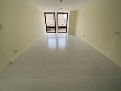 3 Bedroom Flat for Rent in Deira, Dubai - SHARING/STAFF ALLOW 3BHK CHILLER FREE 90K ONLY