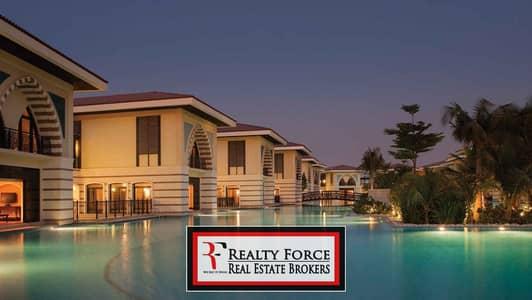 فیلا 5 غرف نوم للبيع في نخلة جميرا، دبي - LOWEST PRICE|FURNISHED W/PRIVATE POOL|BEACH FRONT