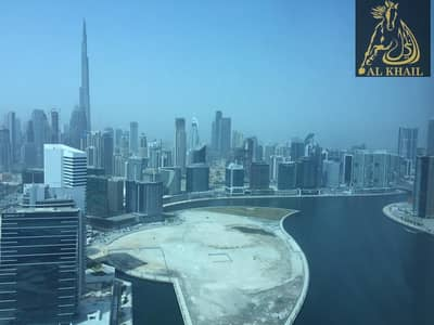 Spacious Full Lake Burj Khalif View 2 Br + Maids Room