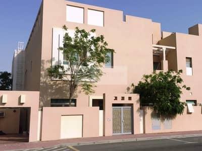 فیلا 5 غرف نوم للبيع في الصفوح، دبي - Huge Luxury 5 BR Villa || Indoor Pool and Elevator