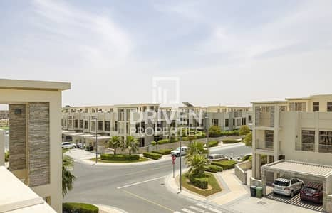3 Bedroom Townhouse for Sale in Meydan City, Dubai - Bright and Single Row 3 Bedroom Townhouse