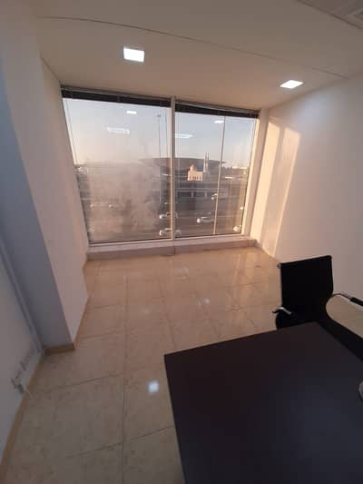 Office for Rent in Deira, Dubai - FURNISHED OFFICE NEAR TO METRO WITH FREE DEWA AND INTERNET