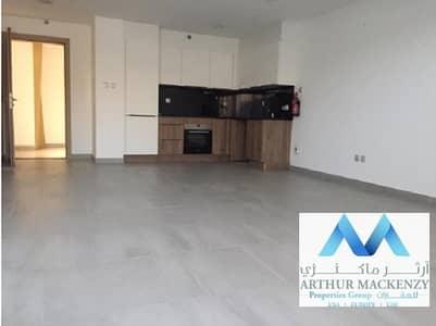 شقة 1 غرفة نوم للايجار في قرية جميرا الدائرية، دبي - Most Stylish 1BR Duplex | Massive Terrace  -  JVC