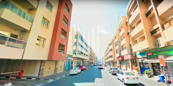 Shop for Rent in Al Karama, Dubai - Best Location |Extremely Profitable Shop |Very Crowded Area