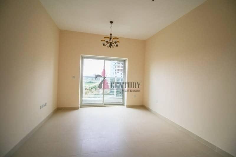 2 Cheapest Studio Apartment | Golf Course view