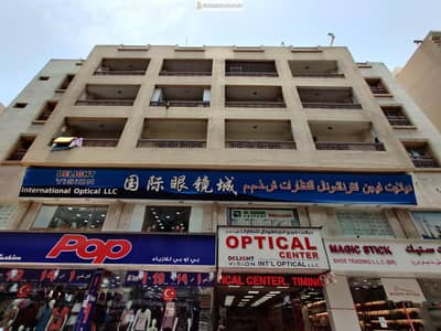 محل تجاري  للايجار في ديرة، دبي - GREAT PRICE! Shop available for Rent in Naif (Rent Negotiable)