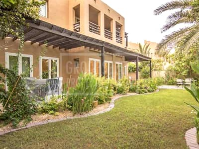 5 Bedroom Villa for Sale in The Lakes, Dubai - A great Hattan 5 Bedroom Villa for Sale The lakes