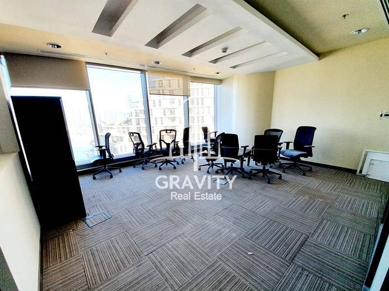 HOTTEST DEAL   VACANT   SPACIOUS FITTED OFFICE