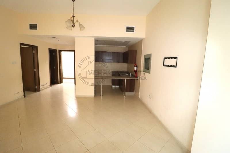 Amazing 1 BR Vacant in Lynx Tower - DSO