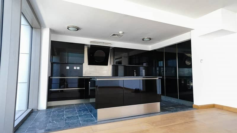 2 Luxury 1 Bed Loft Penthouse in Two Towers