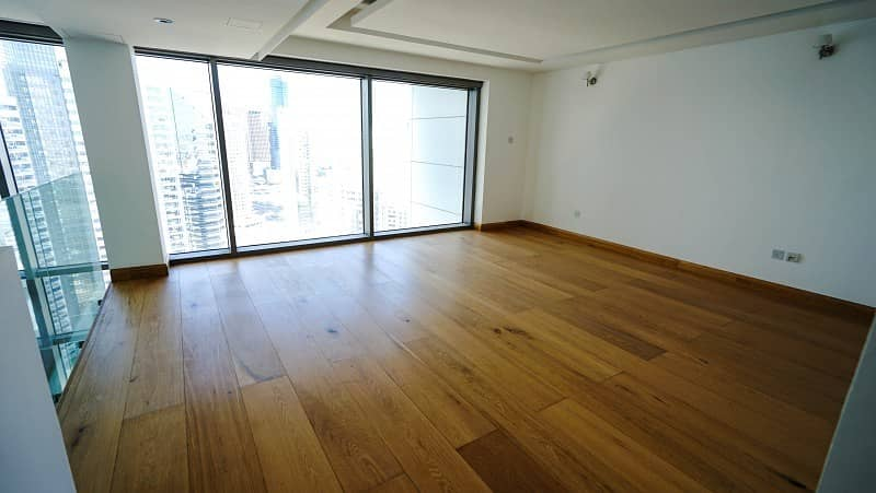 Luxury 1 Bed Loft Penthouse in Two Towers