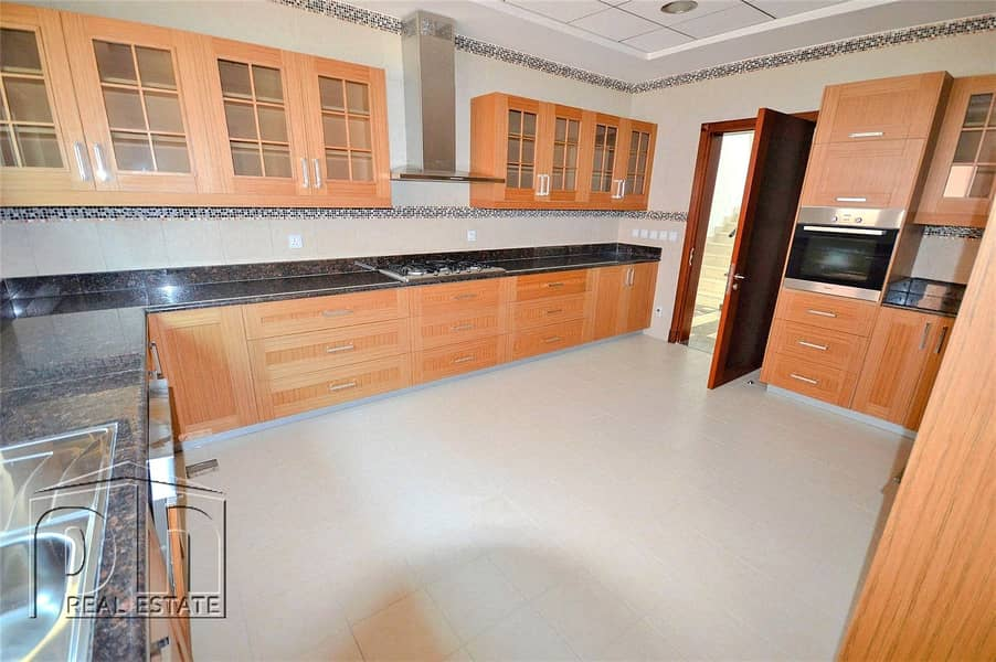 2 Four Bedrooms & Two Reception Rooms | Private Pool | Course Views
