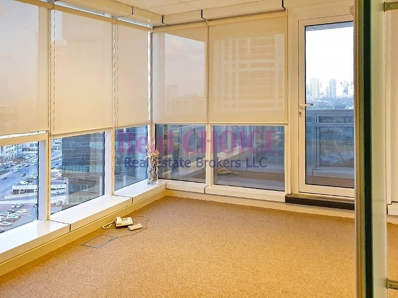 Furnished Office W/ 3 Partitions|Near To Metro