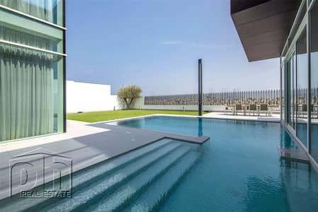 فیلا 4 غرف نوم للبيع في لؤلؤة جميرا، دبي - Unique Custom home finsihed to the highest of standards