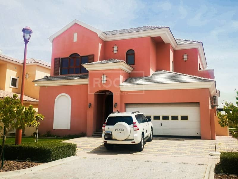 4-Bed plus Maids and Storage | Golf Course View