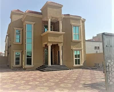 5 Bedroom Villa for Sale in Al Mowaihat, Ajman - For sale, seductive and exclusive, from the owner directly, a super deluxe finishing, a piece of the continental street