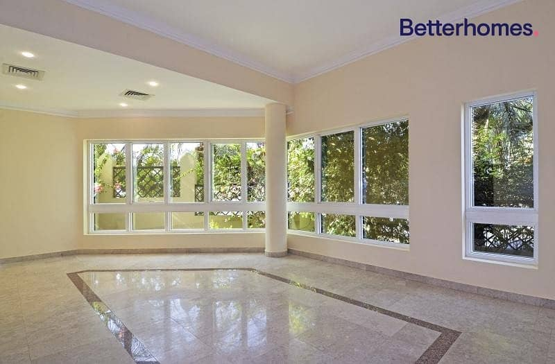 Beautiful Lay Out   Spacious Villa   View Now