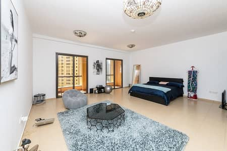 Studio for Sale in Jumeirah Beach Residence (JBR), Dubai - Amazing Spacious Studio in JBR|Excellent Condition