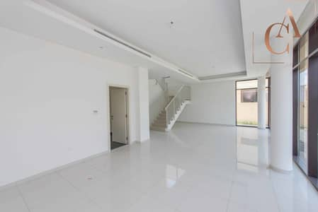 5 Bedroom Villa for Rent in DAMAC Hills (Akoya by DAMAC), Dubai - 5 bedroom   V4 type   Next to park