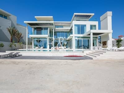 6 Bedroom Villa for Sale in Palm Jumeirah, Dubai - Stunning New Modern Villa | Tip of Frond | PJ