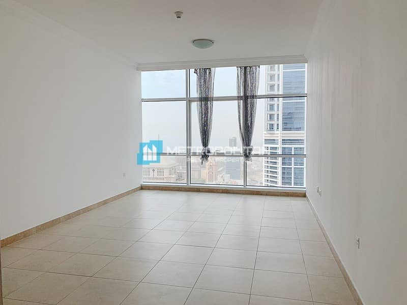 2 Large Layout Panoramic Windows High Floor Vacant