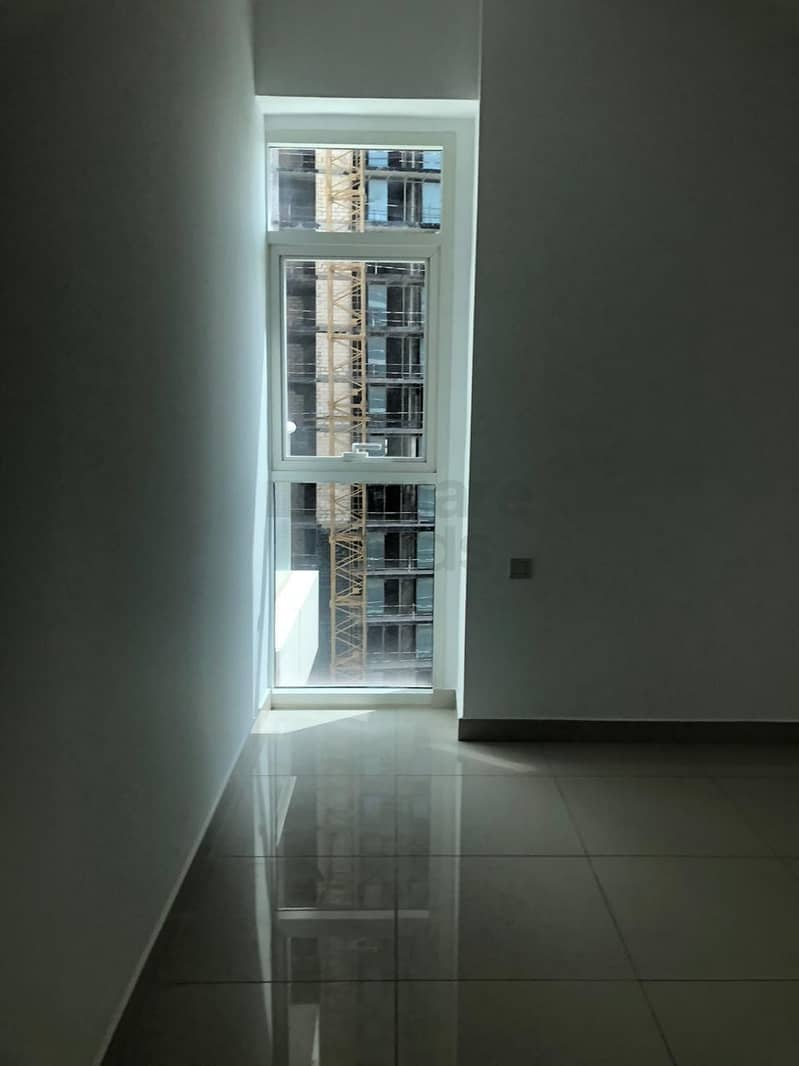 2 Nice High View l 1 Bedroom Apartment l Continental