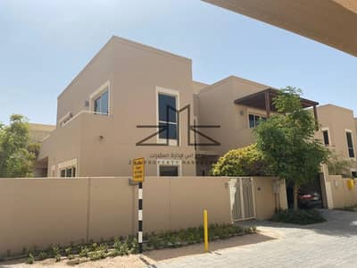 4 Bedroom Villa for Rent in Al Raha Gardens, Abu Dhabi - Vacant now!! Spacious Corner Villa 4 BR - Type S!!