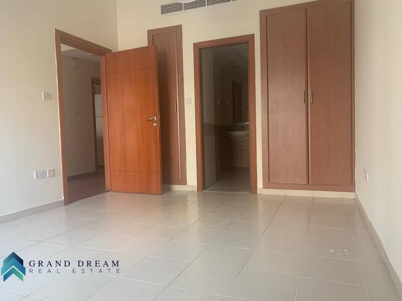 10 Great Deal | Well Maintained 1BHK | Upgraded