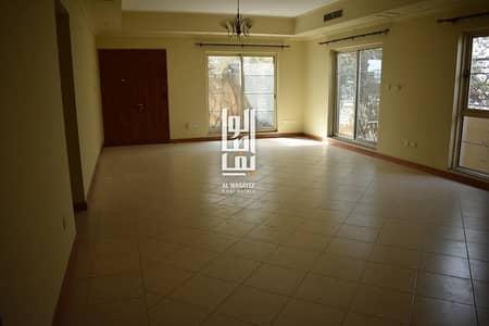 4 Bedroom Villa for Rent in Jumeirah, Dubai - Amazing 4 Bedroom+ Maid New Villa with Garden