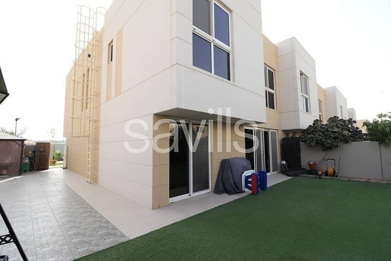 2 End unit with landscaped garden in Al Nargis
