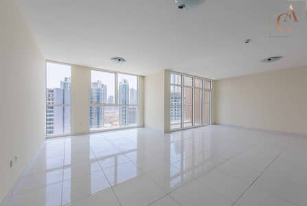 4 Bedroom Flat for Rent in Business Bay, Dubai - Burj Khalifa  View | Unfurnished | Spacious
