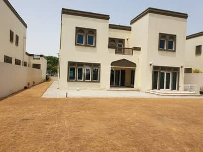 Well maintained 3BR| Landscaped Garden| Huge Plot