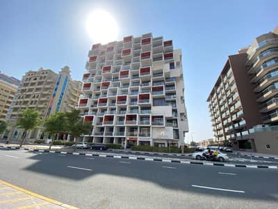 1 Bedroom Apartment for Rent in Dubai Silicon Oasis, Dubai - Free Chiller, Wooden Flooring, With A terrace, Six Cheques