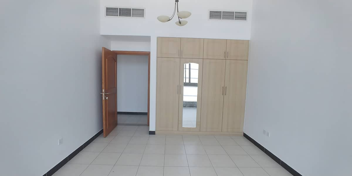 Chiller Free 03 BHK With All Faicilites
