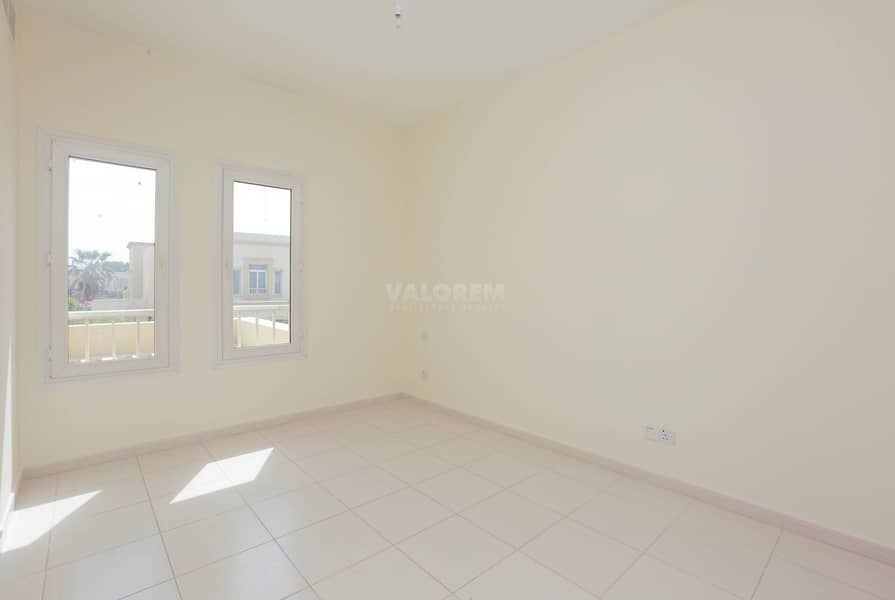 2 3BR + S | Well Maintained | Upgraded 1.6M