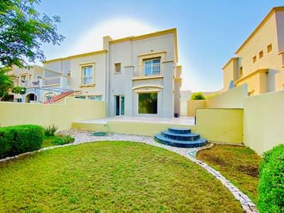 فیلا 3 غرف نوم للايجار في الينابيع، دبي - فیلا في الينابيع 14 الينابيع 3 غرف 110000 درهم - 4692821