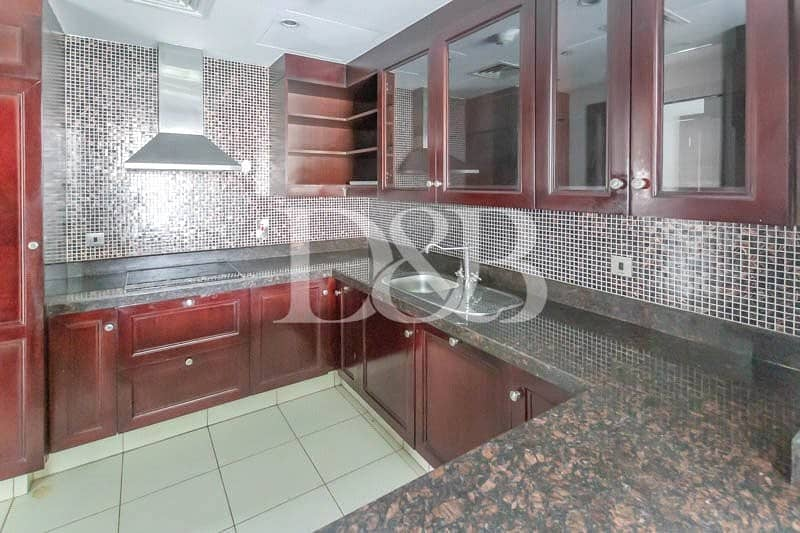 10 Full Burj View | Well Maintained | Bright