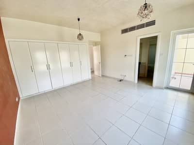 3 Bedroom Villa for Rent in The Springs, Dubai - Upgraded Kitchen | 3BR + Study | Type 3M | Lake Facing