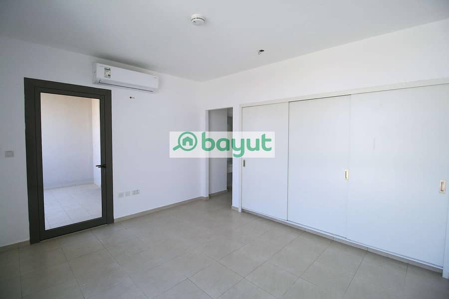 11 Lovely  independent  villa of four bedrooms for rent in al johar one
