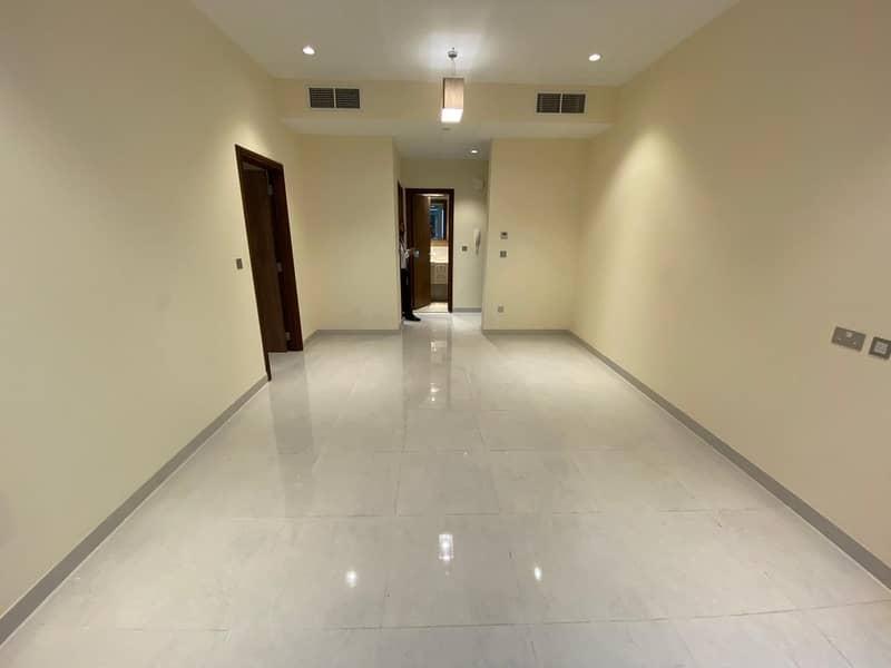 شقة في المطينة ديرة 1 غرف 43000 درهم - 4700932