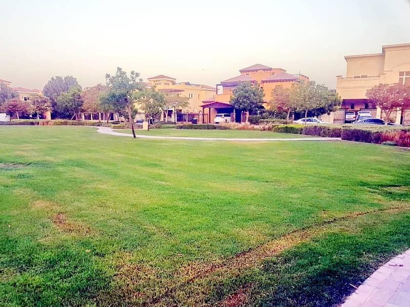 33 Community Park