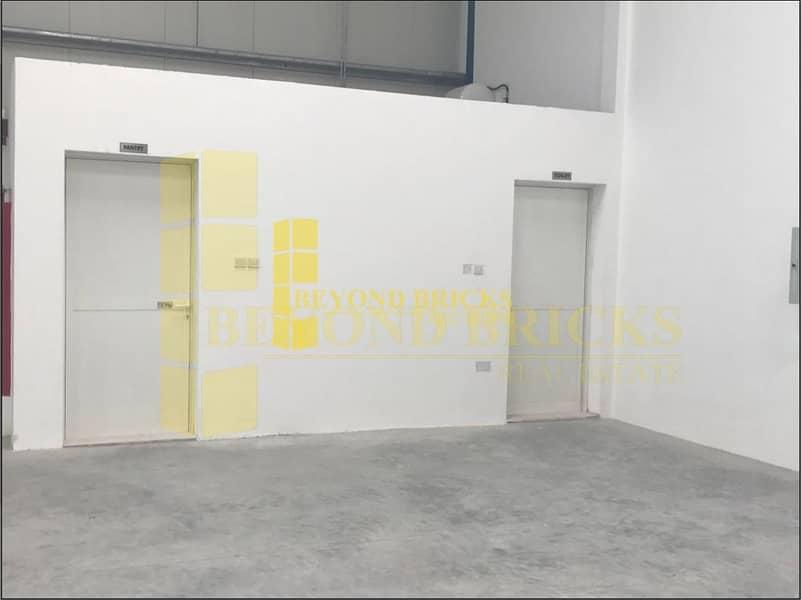 2 Huge Warehouse | High Ceiling | Freezone License