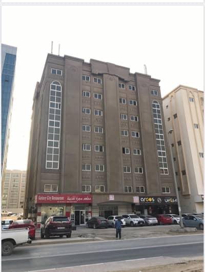مبنى سكني  للبيع في تجارية مويلح، الشارقة - بناية  بمنطقة  مويلح  للبيع