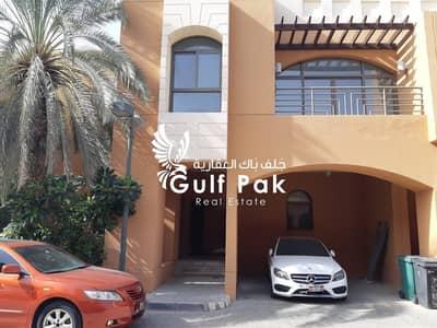 فیلا 4 غرف نوم للايجار في مدينة بوابة أبوظبي (اوفيسرز سيتي)، أبوظبي - فیلا في قرية القرم مدينة بوابة أبوظبي (اوفيسرز سيتي) 4 غرف 188000 درهم - 4701767