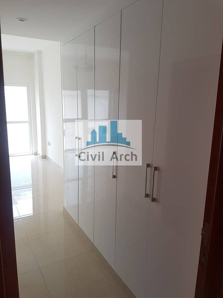 2 FULLY EQUIPPED KITCHEN !! BRIGHT 2BR WITH BALCONY