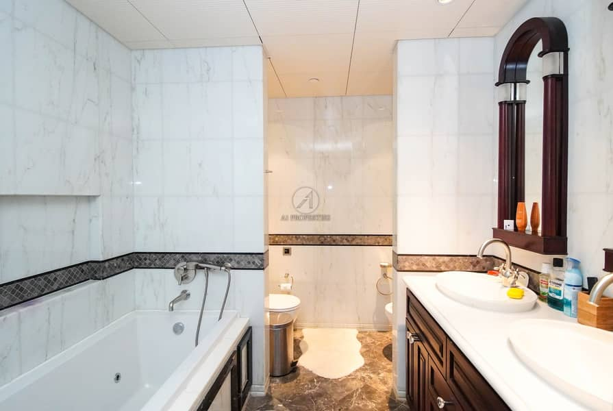 10 Full Fountain View | Very Spacious Layout