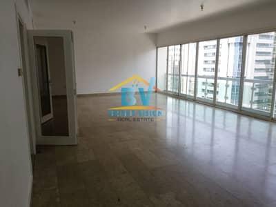 4 Bedroom Flat for Rent in Danet Abu Dhabi, Abu Dhabi - STEAL DEAL! Spacious 4BHK with maids room near Khalidiya park