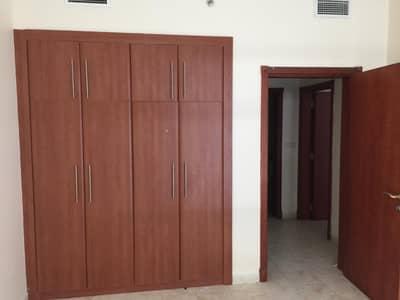 فلیٹ 2 غرفة نوم للبيع في المجاز، الشارقة - غرفتين و صالة للبيع برج الدانة  البحيرة كورنيش الشارقة