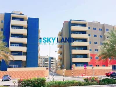 شقة 3 غرف نوم للايجار في الريف، أبوظبي - Lowest Price ! 3Beds + Maids Room w/ Villa Views
