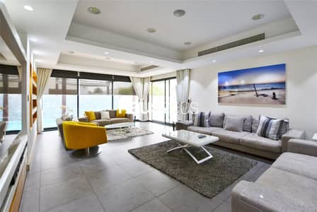 4 Bedroom Villa for Sale in The Meadows, Dubai - Meadows 2 | Fully upgraded | Corner unit